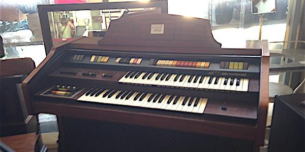 Strumenti musicali usati rimini mercatino usato d 39 autore - Chi acquista mobili usati ...