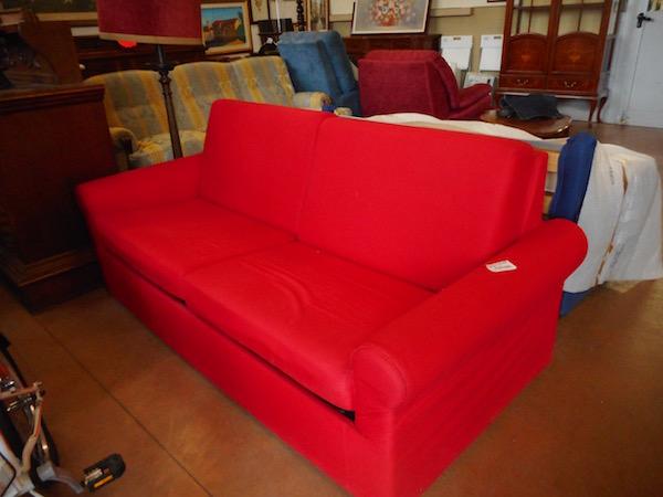Divano letto rosso - Divani & Poltrone - Usato d\'Autore