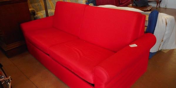 Divano letto rosso - Divani & Poltrone Copia - Usato d\'Autore