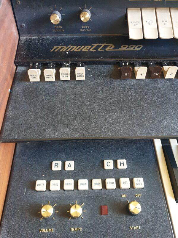 Pianola con due tastiere