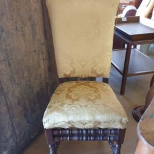 Poltrona Gialla del 1700'