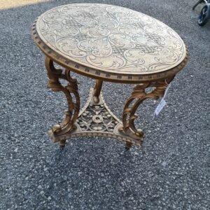 Tavolino dorato